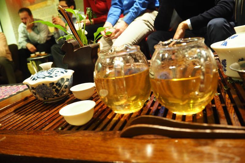 teakóstoló