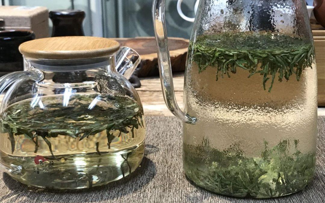 Cold brew tea  – hideg áztatás keleten és nyugaton